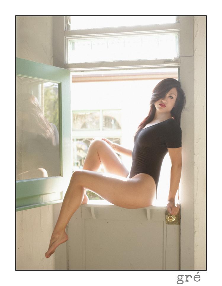 boudoir-kelly-segre-sexy-leotard-vintage