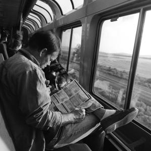 kelly-segre-amtrak-strangers-on-a-train-27