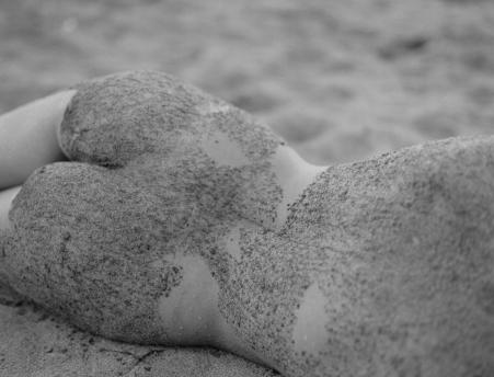 fashion-nude-water-fine-art-roarie-yum-kelly-segre-02