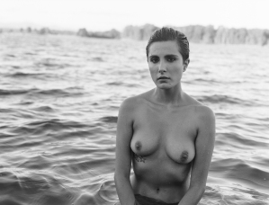 fashion-nude-water-fine-art-roarie-yum-kelly-segre-13